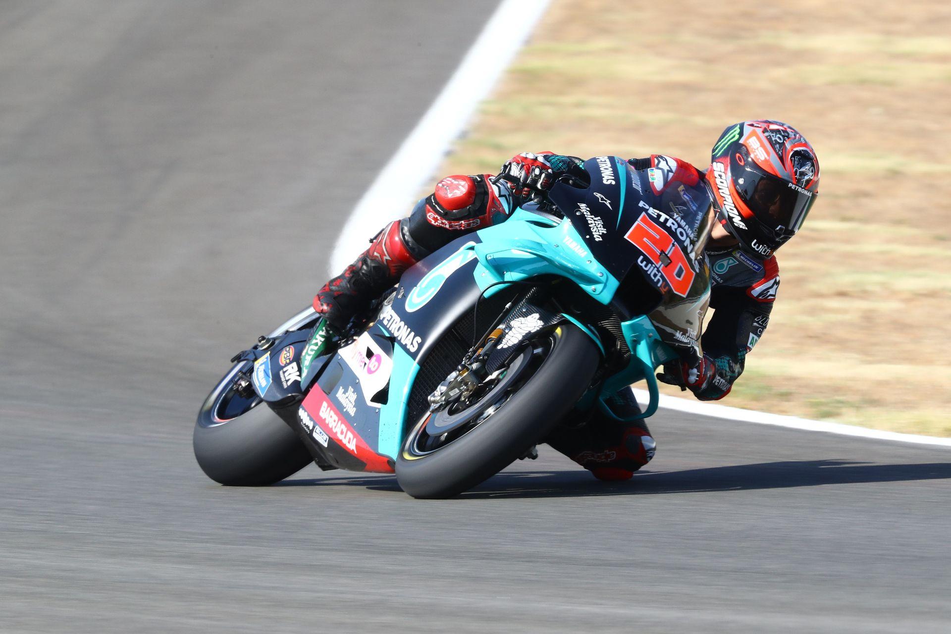 Fabio Quartararo gana por primera vez en MotoGP en la exhibición fallida de Marc Márquez