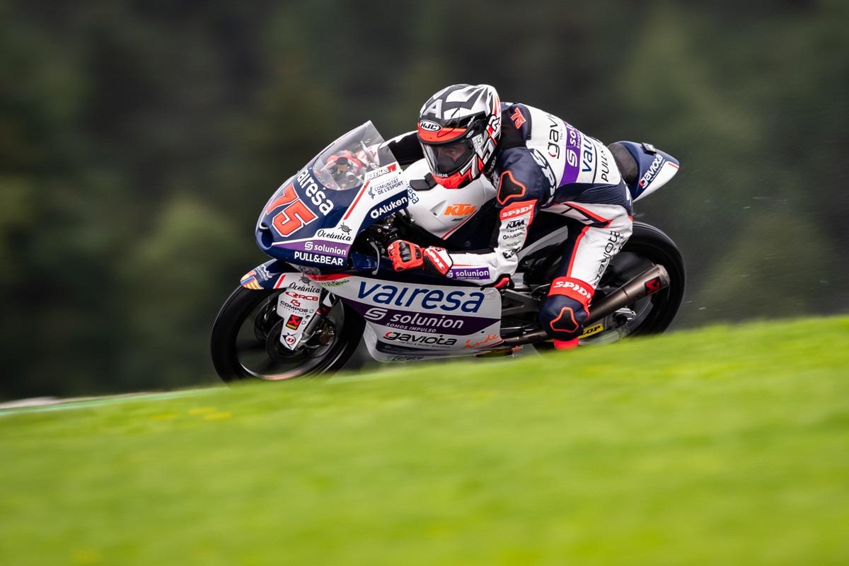 Albert Arenas gana una espectacular carrera de grupo en Austria