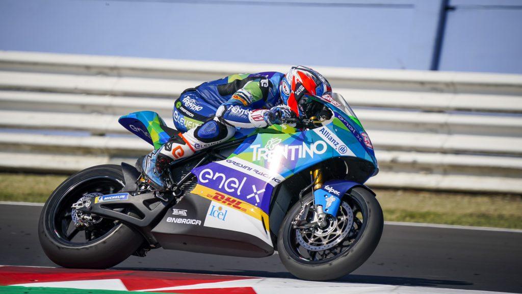 Matteo Ferrari vence en Misano y Jordi Torres roza el podio