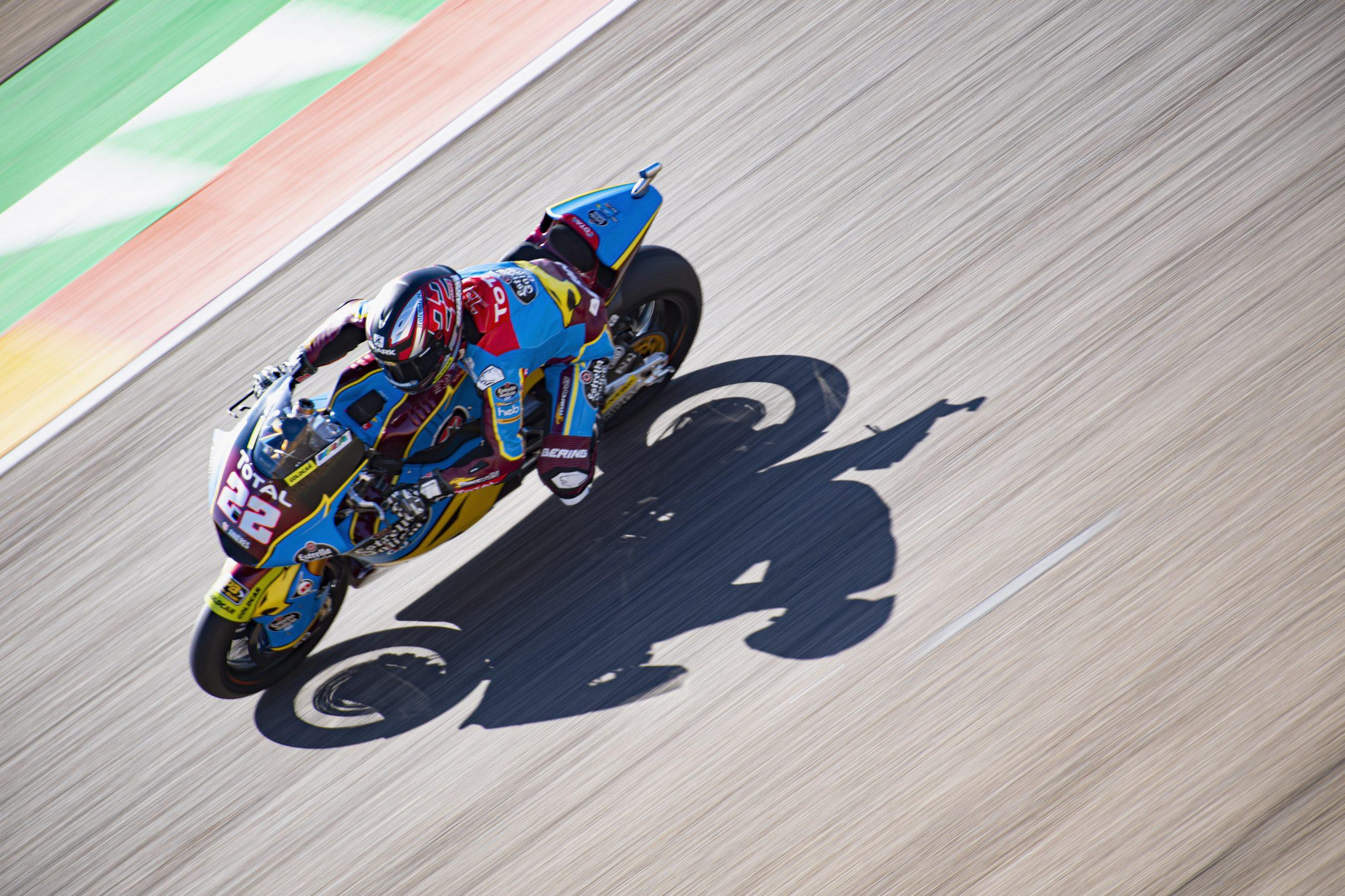 Sam Lowes arrasa con una pole de récord en el Gran Premio de Teruel