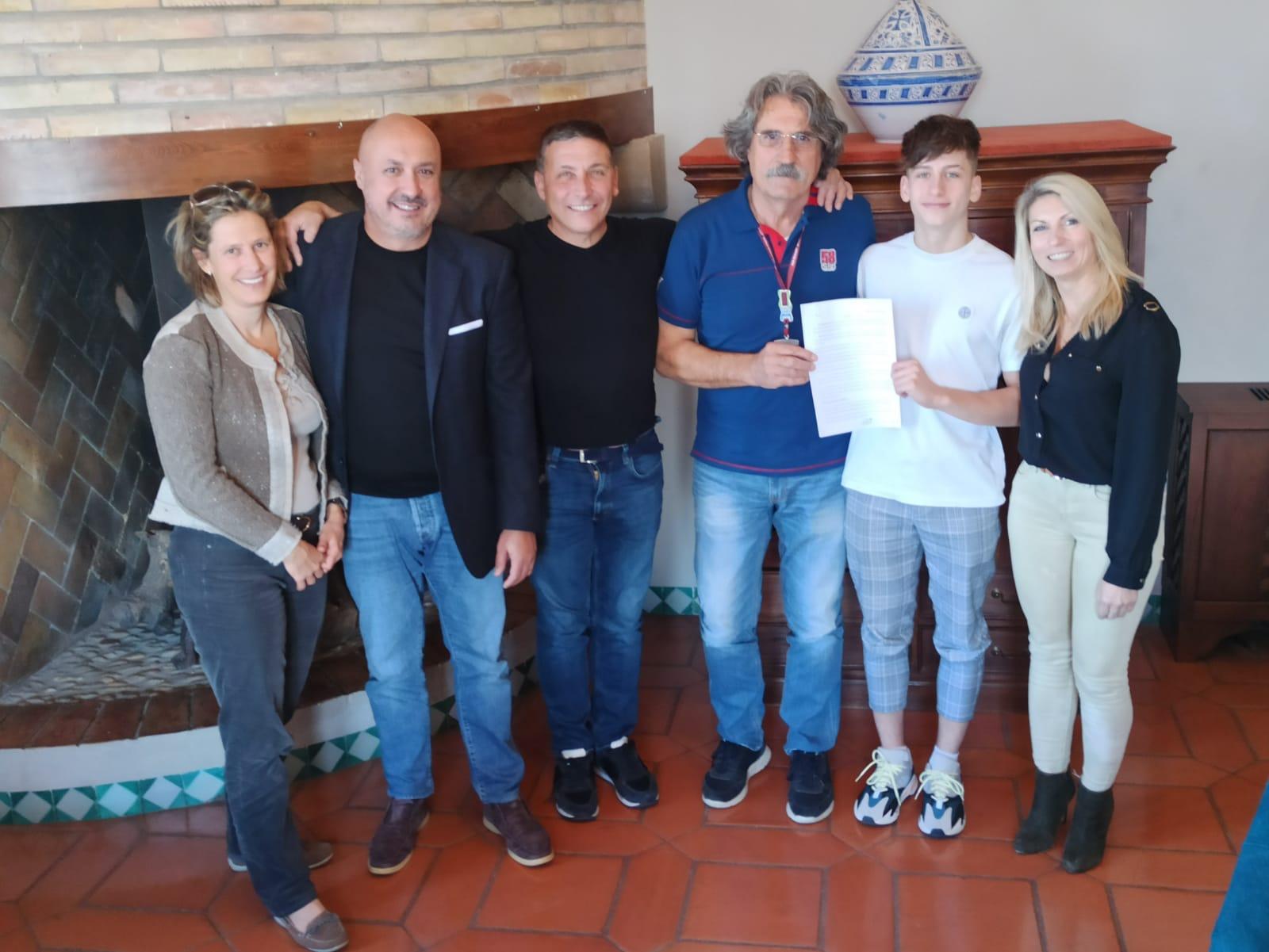 El francés Lorenzo Fellon debutará en 2021 con el Sic58