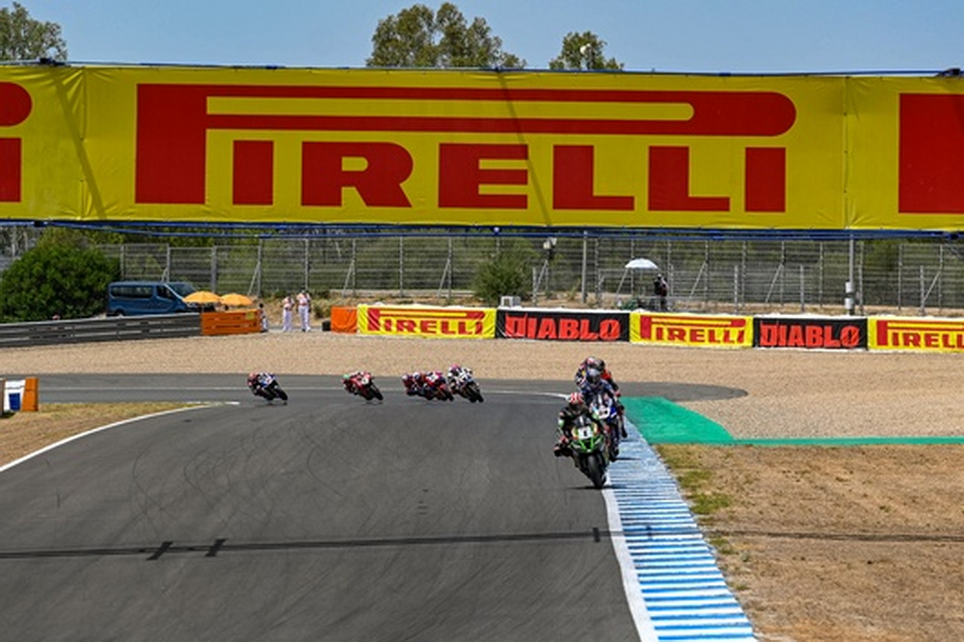 Pirelli, proveedor del WorldSBK hasta 2023