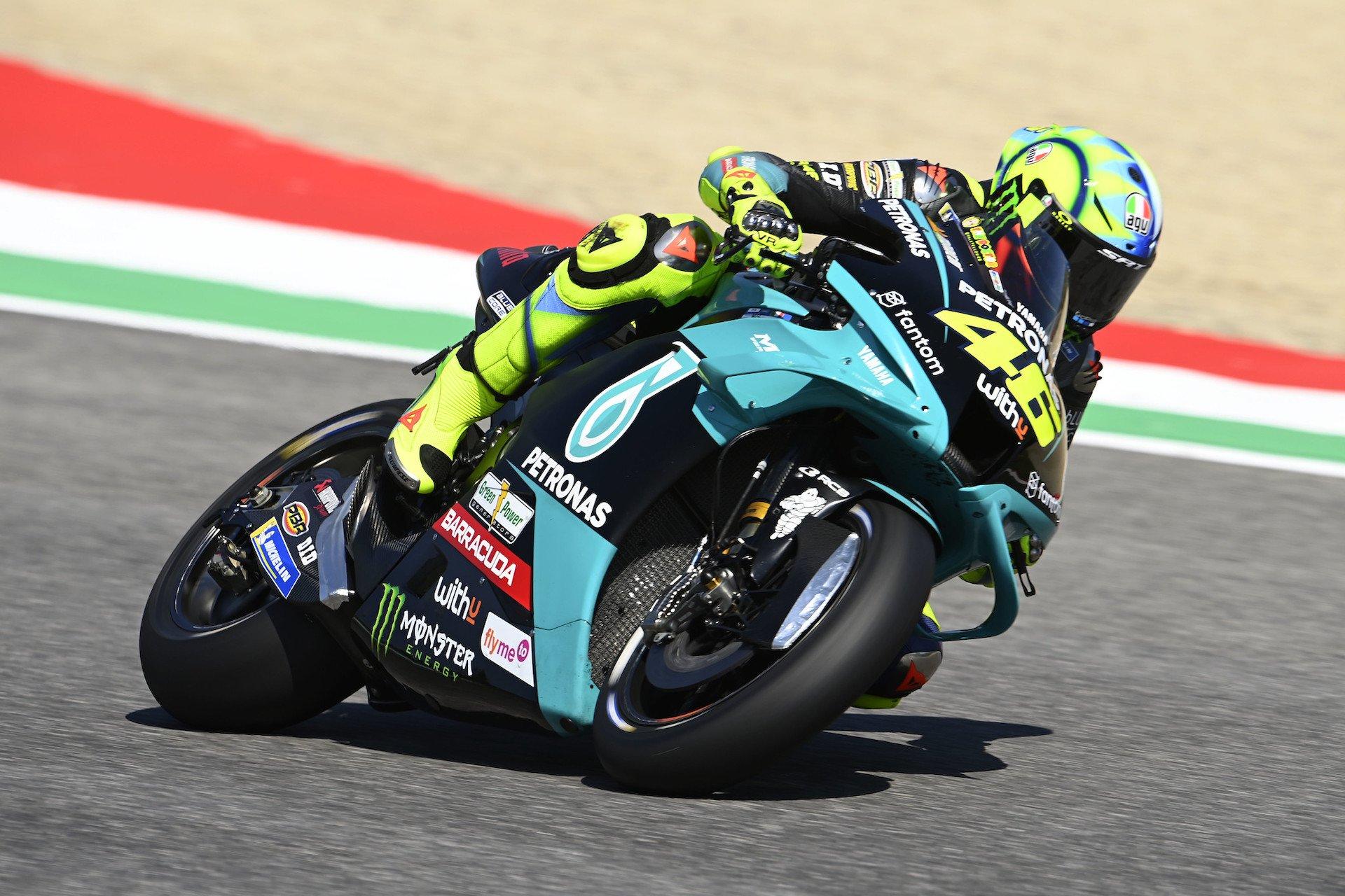 GP italia, viernes: Valentino Rossi, penúltimo (vídeo). Bagnaia lidera