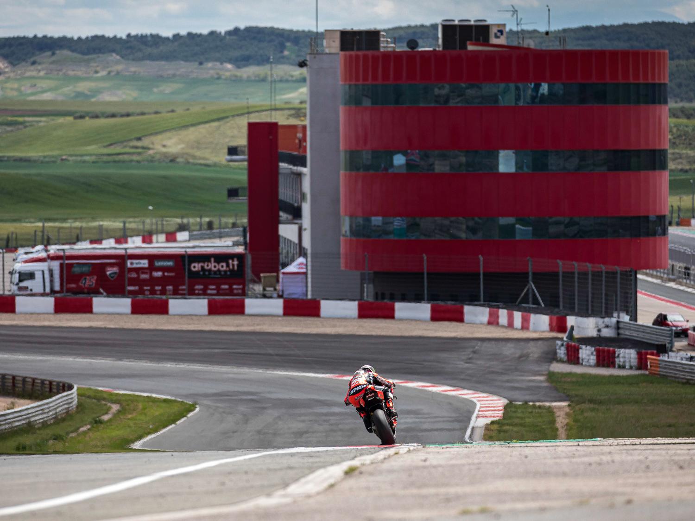 WorldSBK: los equipos oficiales, de test en Navarra.