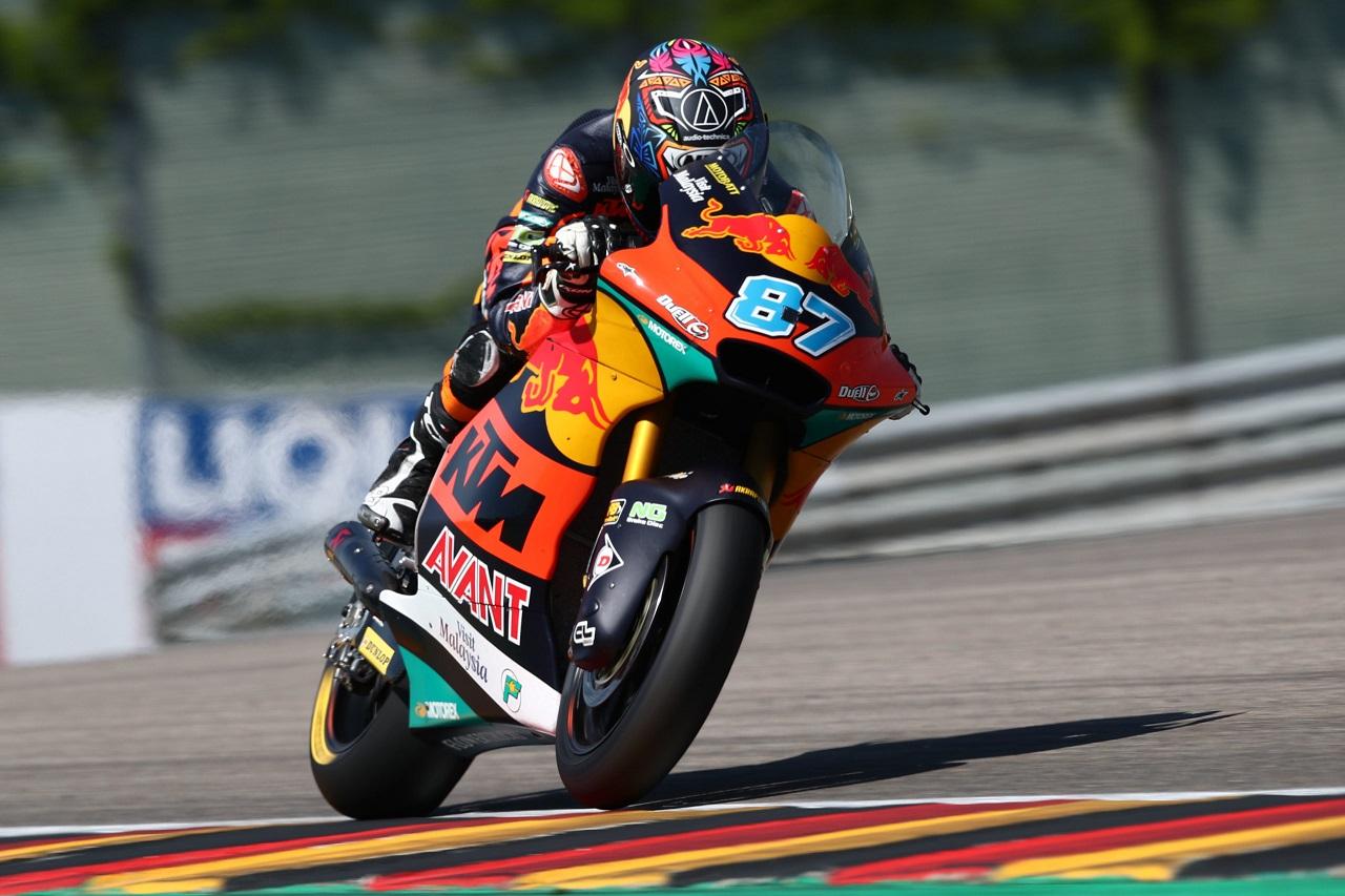 Moto2 tiene dueño: Remy Gardner domina la carrera a placer. Raúl Fernández no terminó
