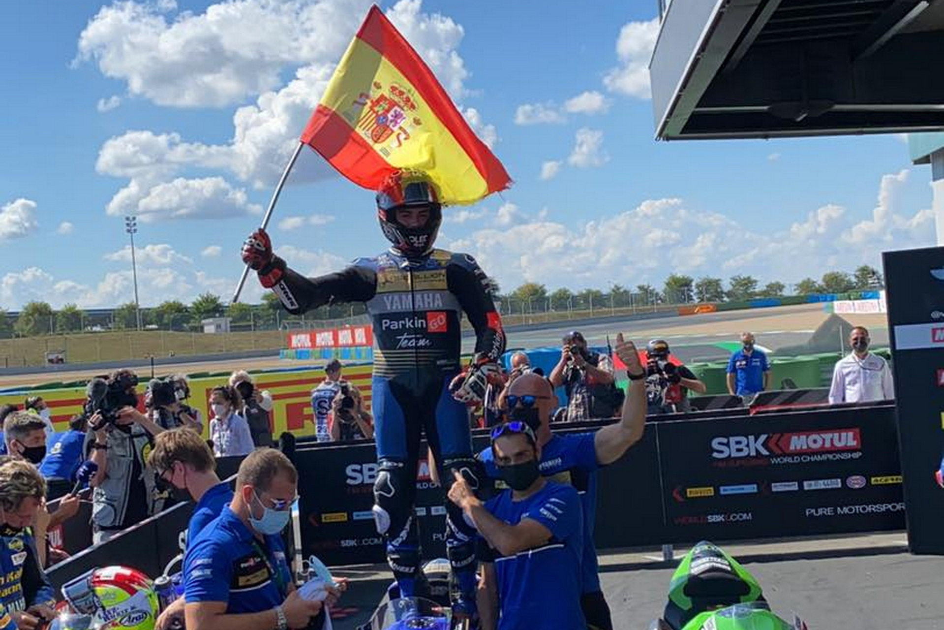 WorldSSP – Motul French Round – Carrera 2 – ¡Victoria de Manu!