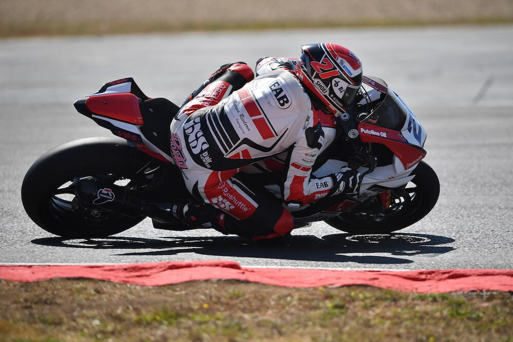 Randy Krummenacher deja el EAB Racing y ficha por CM Racing como sustituto de Bernardi